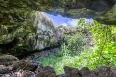 Osterinsel - Höhle Ana Te Pahu