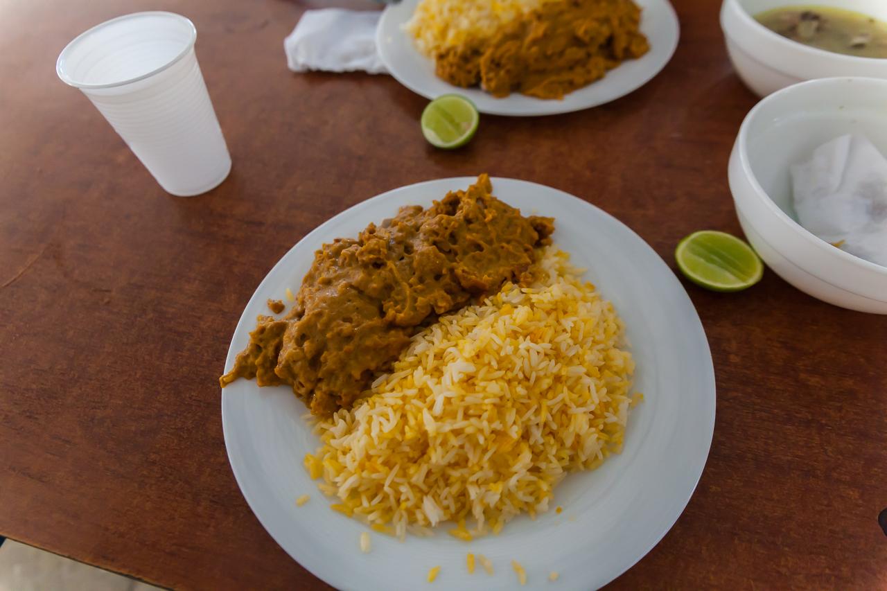Guayaquil - Mercado Caraguay - Essen auf dem Markt
