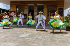 Ecuador - Tren de la Dulzura - ein bissel Folklore ..