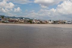 Guayaquil - Isla Santay - Blick von der Brücke auf die Stadt