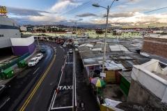 Ambato - die Straßenmarkierung ist auch hier nur ein Vorschlag - so wie die Ampeln