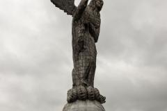 Quito - Mirador El Panecillo. Die Frau der Apokalypse.