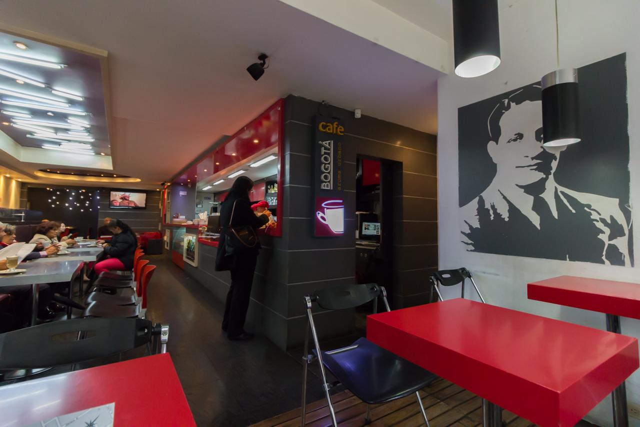 Bogota - Bei der Inglesia San Franisco gibt es guten Kaffee. :-)