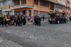 Riobamba - ein Trauerumzug mitten durch die Innenstadt