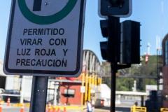 Puerto Montt - Grüner Pfeil an der Ampel. Produkt deutscher Einwanderer?