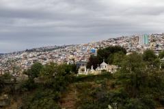 Friedhof auf einem Hügel in Valparaiso