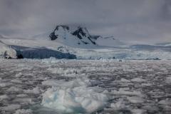 Cierva Cove: Fahrt durch das Eis