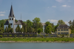 Unkel von der westlichen Rheinseite