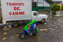Ecuador - Tren de la Dulzura - Fleischtransport