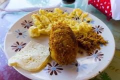 Puerto Lopez - lokales Frühstück mit fritierter Banane