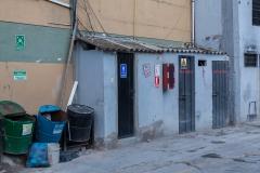 Ambato - Im Falle eines Feuers: Der Sammelplatz ist 2 Meter neben der Tür mit der Aufschrift: Vorsicht Gas, Entzündlich