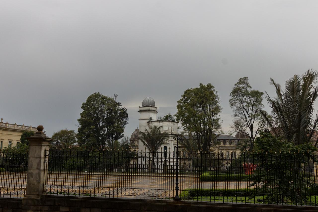 Bogota - Beim Presidentenpalast. Die erste Sternenwarte.
