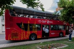 Der volle Bus für die Stadtrundfahrt.