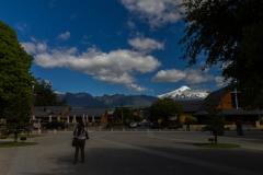 Auch von der Plaza sieht man natürlich den Vulkan