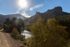 Ruta 63 zum Paso Córdoba, Argentinien - es geht vorbei an Flüssen