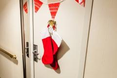 Weihnachten auf der Ocean Diamond - mache Türen waren dekoriert