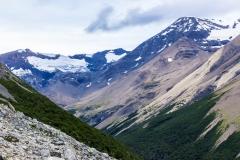 Torres del Paine: wieder nach unten zum Campa